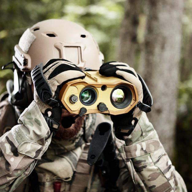MOSKITO TI lightweight multi-purpose target locator